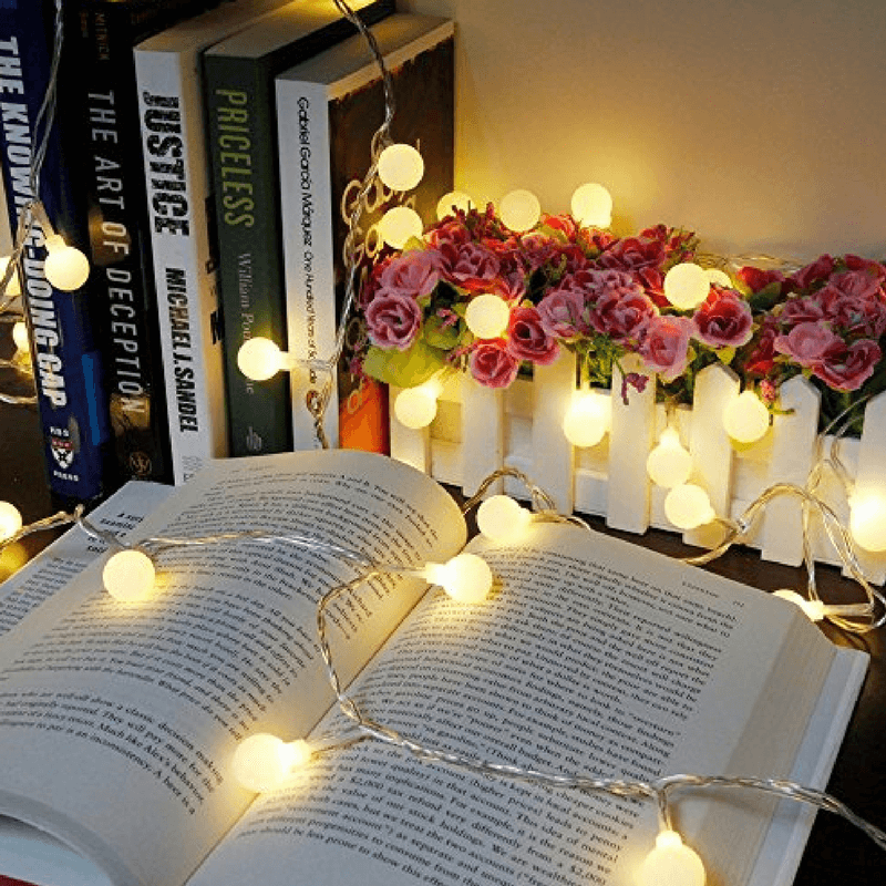 Guirnalda bola de luces a pilas color blanco cálido