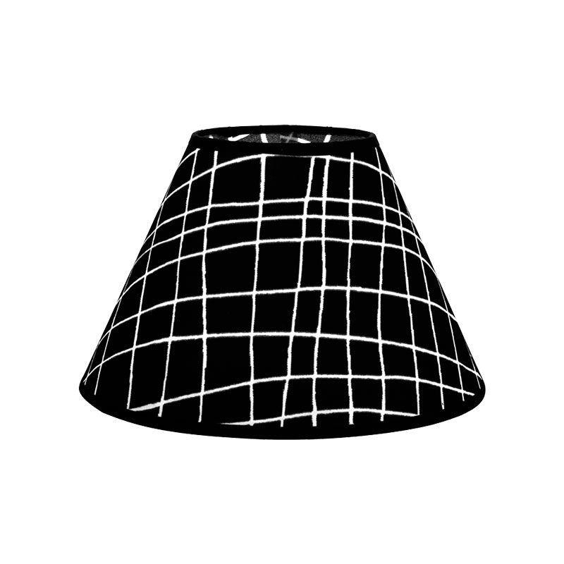 Pantalla lampara de mesa negra con rayas blancas