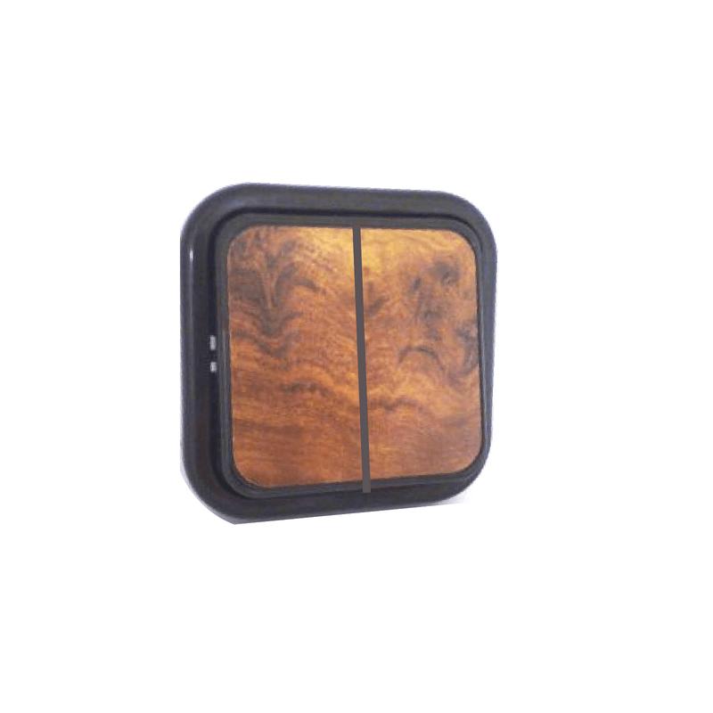 Doble conmutador superficie color madera